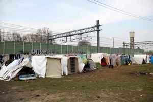 Toward the Expo 2015, an homeless camp on railways (Milano, Italy, March 2012, Fotogramma)